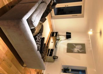Thumbnail 2 bed flat to rent in Greatness Mill Court, Sevenoaks