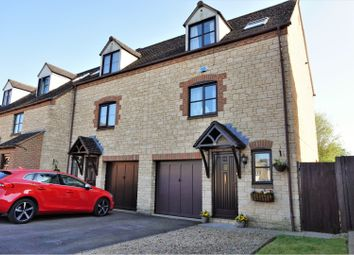Thumbnail 3 bed town house for sale in Broadway Close, Witney