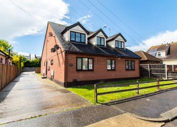 1 bed flat for sale in Cumberland Avenue, Southend-On-Sea SS2