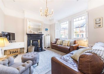 Thumbnail 5 bed property to rent in Leighton Road, London