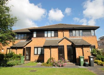 Thumbnail 1 bed flat to rent in Carman Court, Tring