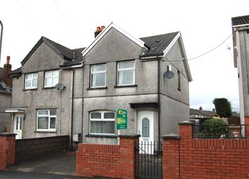 Thumbnail 2 bed property to rent in Central Avenue, Cefn Fforest, Blackwood
