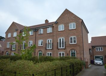 Thumbnail 4 bedroom property to rent in Lindsell Avenue, Letchworth Garden City