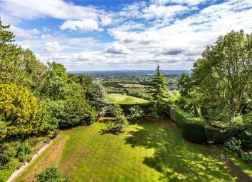The Ridge, Woldingham, Surrey CR3. 6 bed detached house