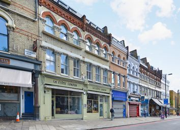 Thumbnail 1 bed flat to rent in Farringdon Rd, London