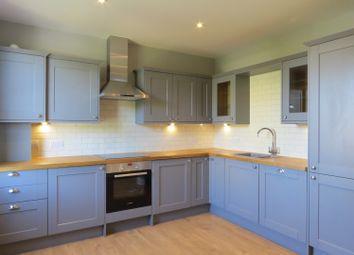 Thumbnail 3 bed flat to rent in Cedars Road, Beckenham