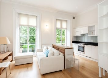 Thumbnail 1 bedroom flat to rent in Royal Crescent, London