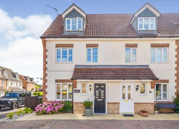Thumbnail Town house for sale in Elgar Way, Stamford