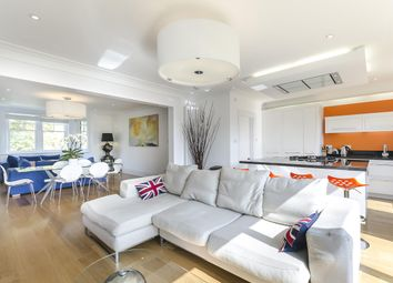 Thumbnail 4 bed maisonette to rent in Redington Road, London