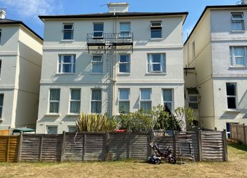 Thumbnail 2 bed flat to rent in Upper Grosvenor Road, Tunbridge Wells, Kent
