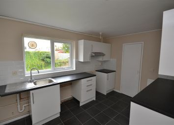 Thumbnail 2 bed flat to rent in Springbank, Norwich