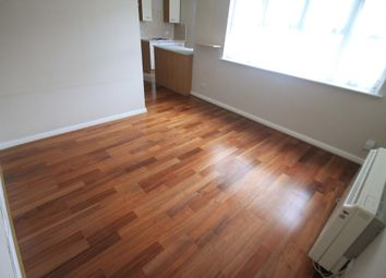 Thumbnail 1 bedroom flat to rent in Earls Meade, Luton