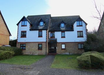 Thumbnail 1 bed flat to rent in Commonside Close, Belmont, Sutton