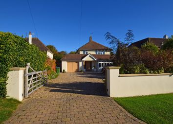 Thumbnail 4 bedroom detached house to rent in East Close, Middleton On Sea