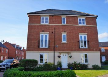 Thumbnail 1 bedroom flat for sale in Keepers Road, Devizes
