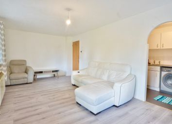 Thumbnail 2 bedroom flat to rent in Creighton Road, London