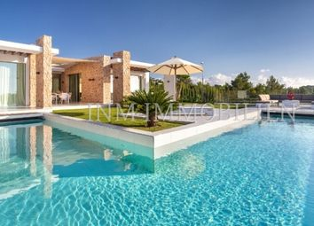 Thumbnail 6 bed villa for sale in 07829, Cala Conta, Spain