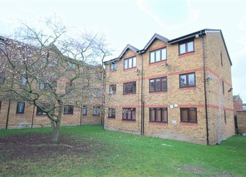 Thumbnail 1 bedroom flat to rent in Vignoles Road, Romford