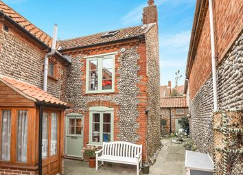 Thumbnail 6 bed cottage for sale in Angel Yard, Sheringham
