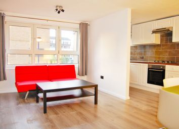 Thumbnail 1 bed flat to rent in Heylyn Square, Bow