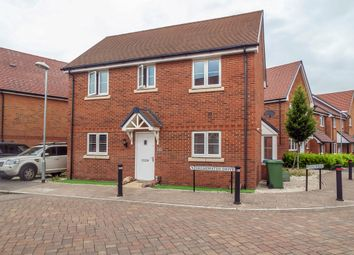 Thumbnail 3 bed detached house to rent in Shearwater Drive, Bracknell