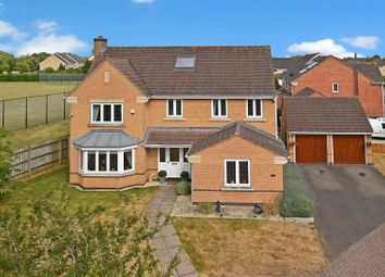 Thumbnail 6 bed detached house for sale in Primrose Drive, Bicester