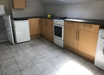 Thumbnail 3 bedroom flat to rent in Stratford Road, Sparkhill, Birmingham