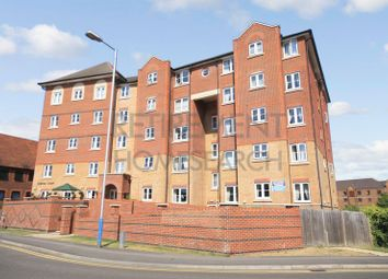 Thumbnail 2 bedroom flat for sale in Holmes Court, Tonbridge