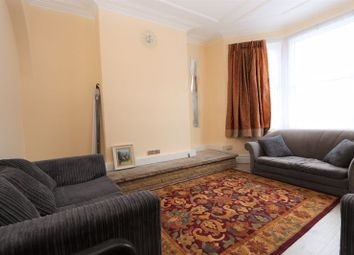 Thumbnail 5 bed flat to rent in Boundary Road, London