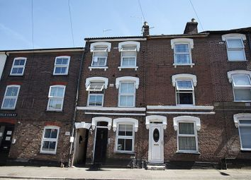 Thumbnail 6 bed terraced house for sale in Gloucester Terrace, Liverpool Road, Luton