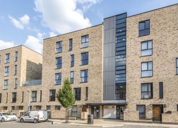 Thumbnail 2 bedroom flat for sale in 54 Parade Gardens, Chingford