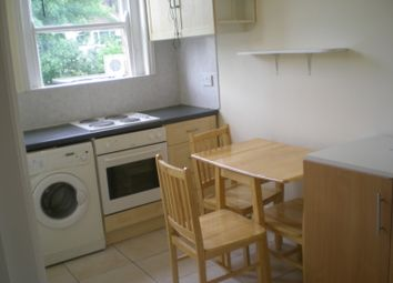 Thumbnail 2 bed flat to rent in High Road, East Finchley