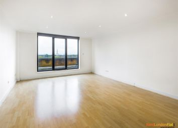 Thumbnail 3 bed flat to rent in Cromwell Road, London