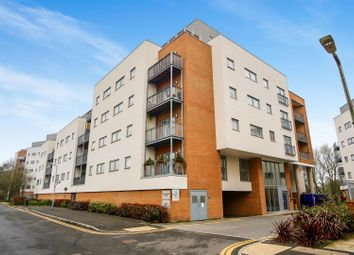 Thumbnail 2 bed flat for sale in Sovereign Way, Tonbridge