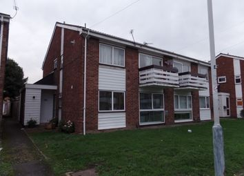 2 bed maisonette to rent in Pennine Way, Hayes UB3