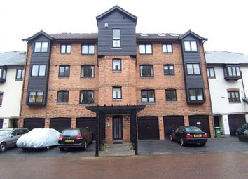 Thumbnail 3 bedroom flat to rent in Channel Way, Ocean Village, Southampton