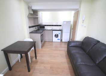 1 bed flat to rent in Richmond Road, Cathays CF24
