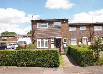 Thumbnail 1 bedroom maisonette to rent in Lomond Road, Grovehill, Hemel Hempstead, Hertfordshire