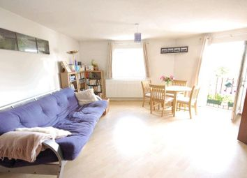 Thumbnail 1 bed flat to rent in Arthur Place, Reading