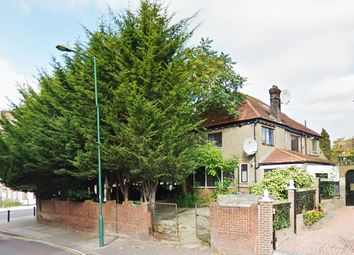 Thumbnail 4 bed bungalow to rent in Donnington Road, Willesden