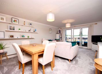 Penn Place, Northway, Rickmansworth WD3. 2 bed flat
