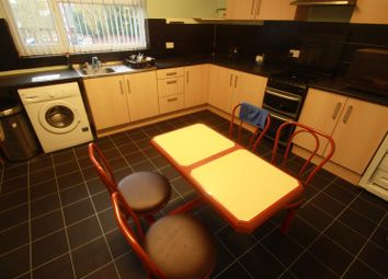 Thumbnail 2 bedroom flat to rent in Lower High Street, Wednesbury