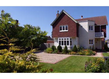 Thumbnail 4 bed detached house for sale in Great Coates Road, Grimsby