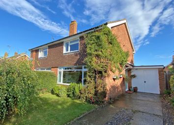 Rothwells Close, Cholsey OX10. 3 bed semi-detached house