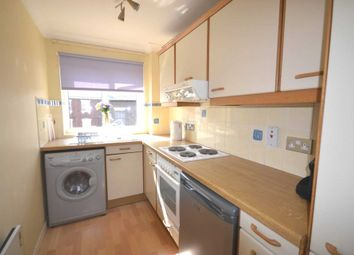 Thumbnail 1 bedroom flat to rent in Sidmouth Court, Reading