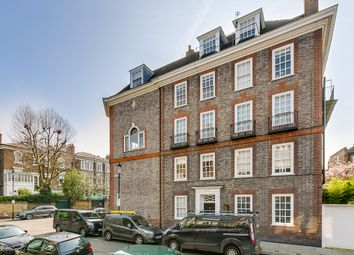 Thumbnail Studio to rent in Mulberry Walk, London