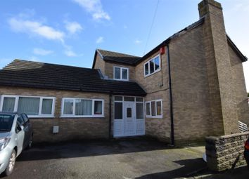 Thumbnail 4 bed detached house to rent in Pencoedtre Road, Barry