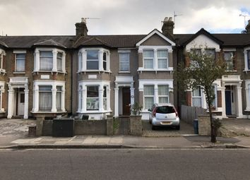 Thumbnail 3 bedroom flat to rent in Empress Avenue, Ilford