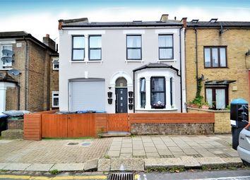 Thumbnail 2 bed flat to rent in Villiers Road, London