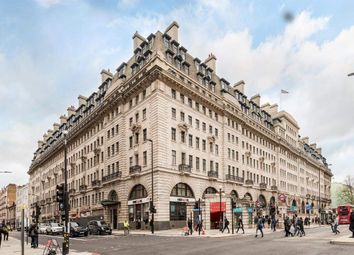 Thumbnail 3 bedroom flat for sale in Baker Street, London